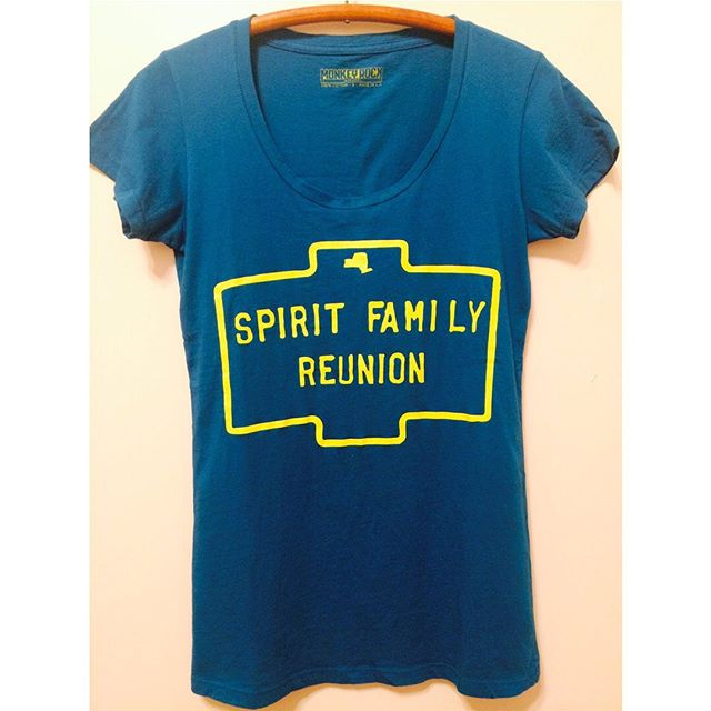 Attention fans of postal delivery: we now have a number of items ready to ship your way! Shirts, songbooks, CDs and LPs are waiting for you at spiritfamilyreunion.bandcamp.com (click on the merch tab). Thanks to our friends Bob & Felicia for generously helping us get this merch page back in order!