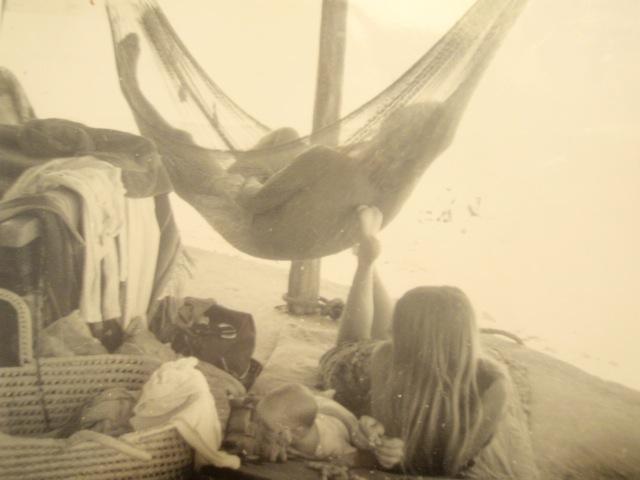 Rick, Ida & baby Flaven, San Blas, Mexico 1966 / Photograph: Richard Sturgill