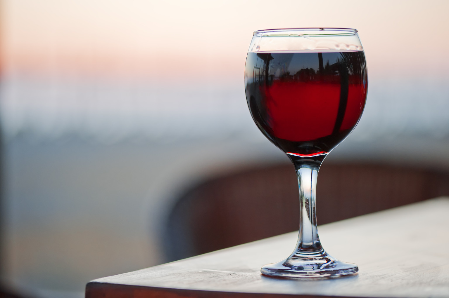 o-red-wine-glass-facebook.jpg