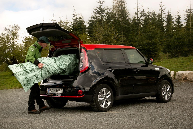 Juletreet blir enkelt å få inn i bilen