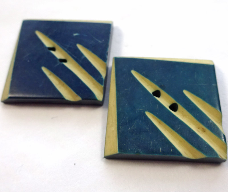 AD954 pair of blue square.jpg