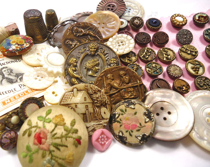 About us - Vintage Button Emporium is based in south west London, in the UK.From here we travel regularly to Kempton Park and other large antique fairs, as well as auctions all over the country, and even the odd boot fair, in search of buttons. We started as button collectors, then sold a few to make room for more, and now we spend many a happy hour buying, sorting, and listing buttons for sale online.
