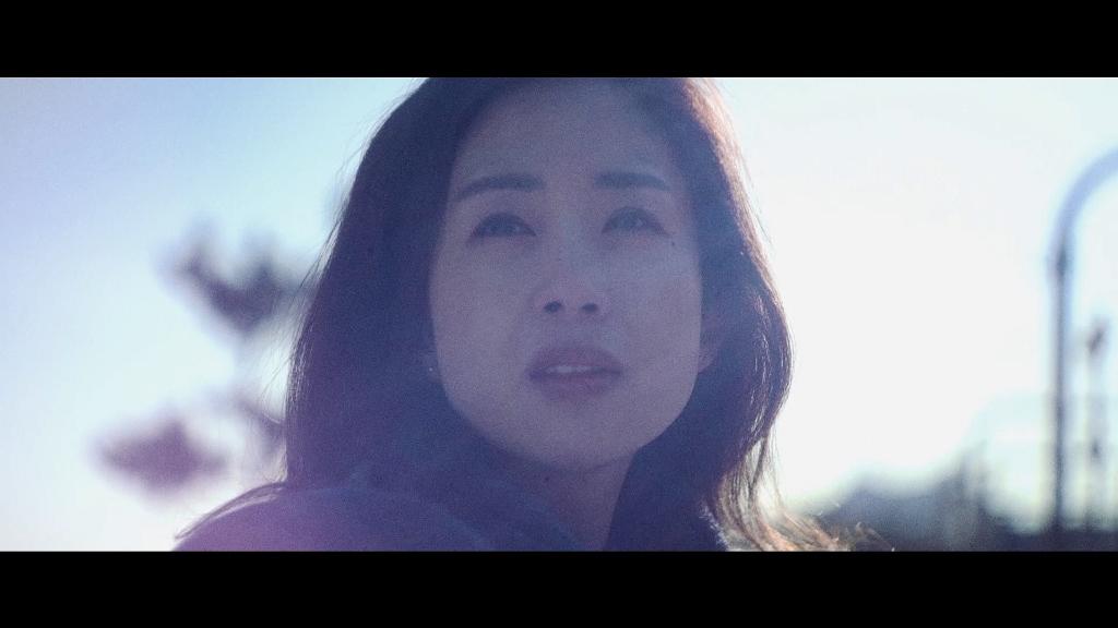 Yona Totten Skypeace MV 1.jpg