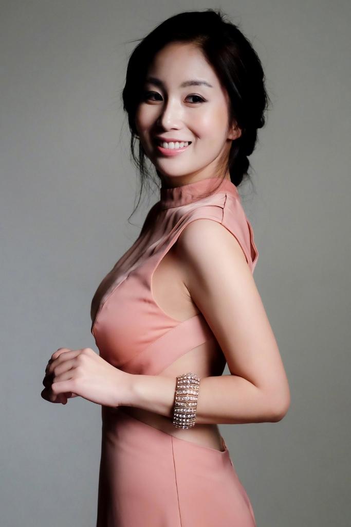 Yona Totten Modelling 11.jpg