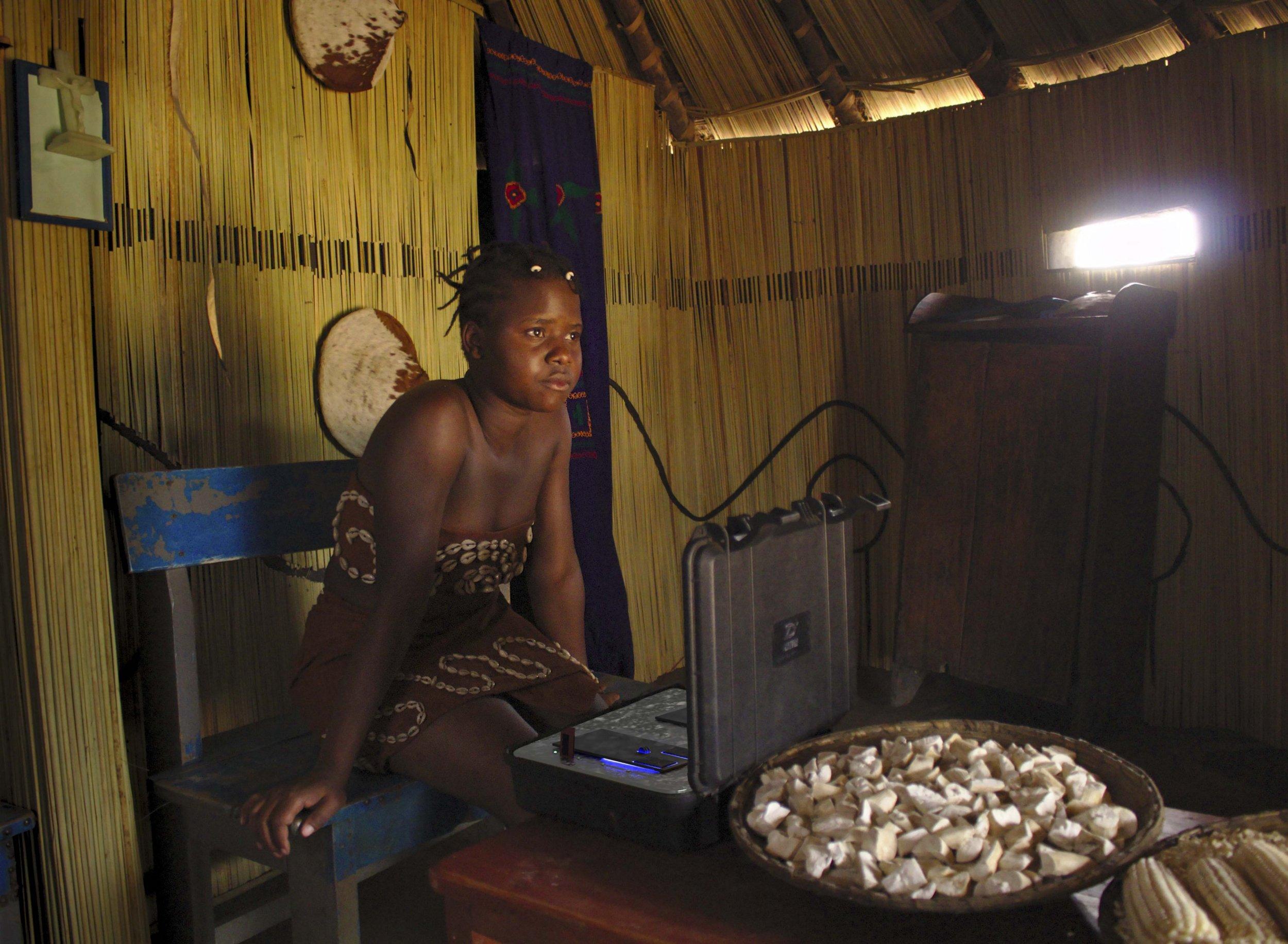 Still from Dilman's Dila movie 'Akoota'