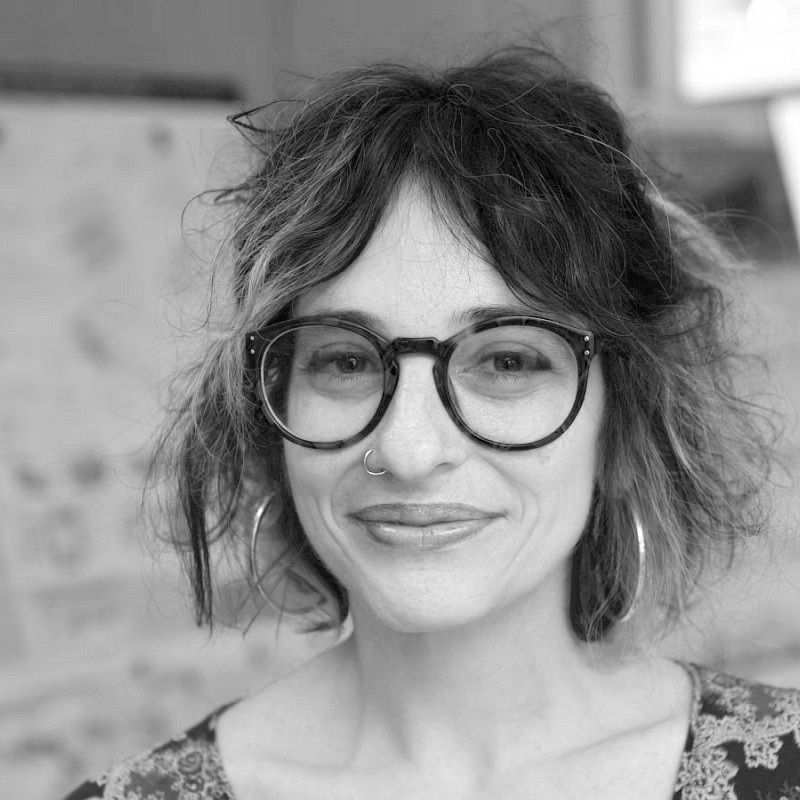 Dr. Orit Halpern   is a Strategic Hire in Interactive Theory and Design and an Associate Professor in the Department of Sociology and Anthropology at Concordia University  >>