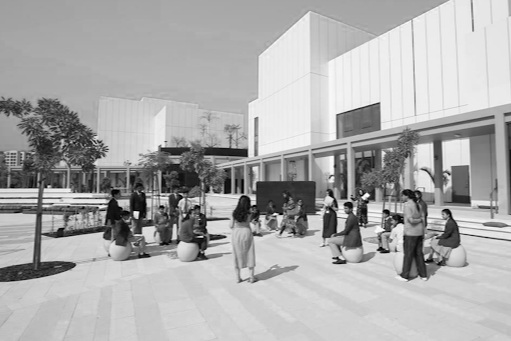 One of the first contemporary arts institutions in Dubai,   Jameel Arts Centre   presents curated solo and group exhibitions, drawn both from the Jameel Art Collection and through regional and international collaborations.