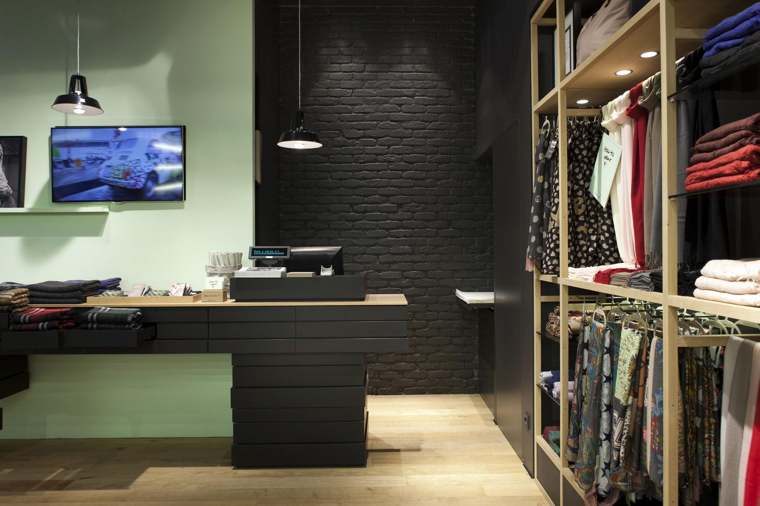 Philipp Moeller-Shopdesign-Ladenarchitektur-Markenarchitektur-Codello5.jpeg