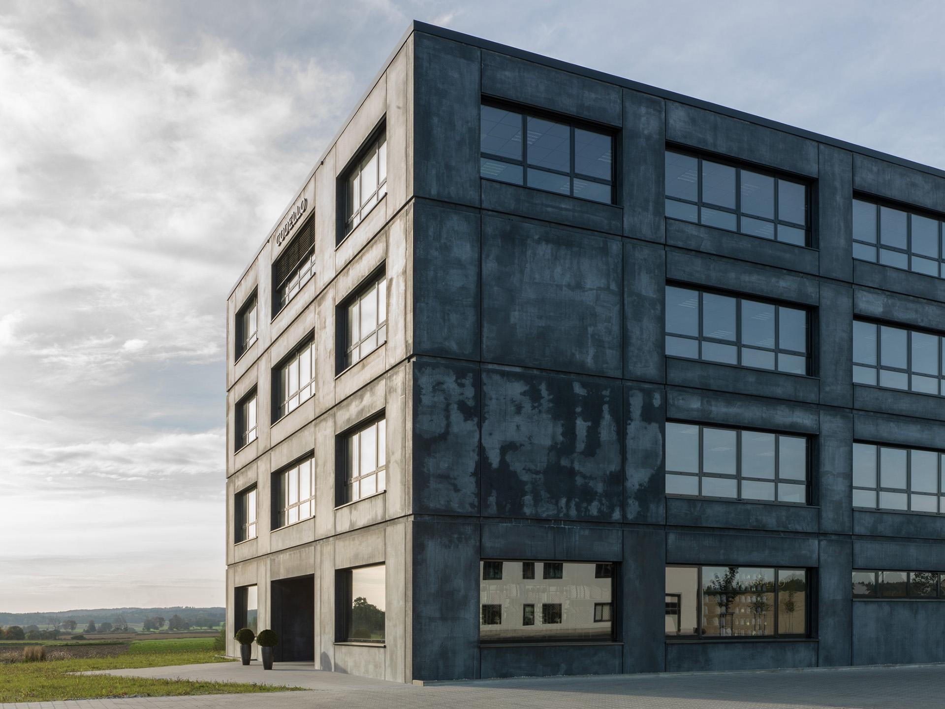 Philipp Moeller-Markenarchitektur-Neubau-Buerogebäude-Codello Campus9.jpeg