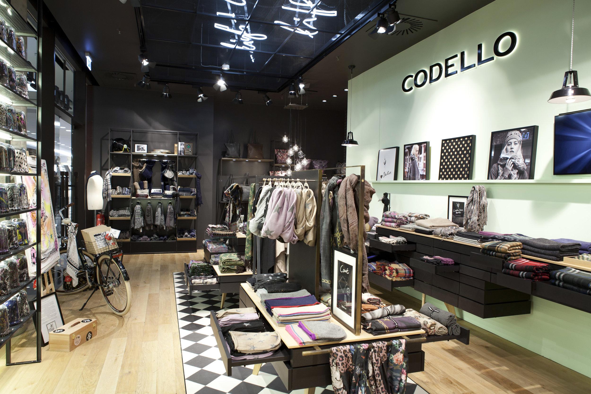 Philipp Moeller-Shopdesign-Ladenarchitektur-Markenarchitektur-Codello2.jpg