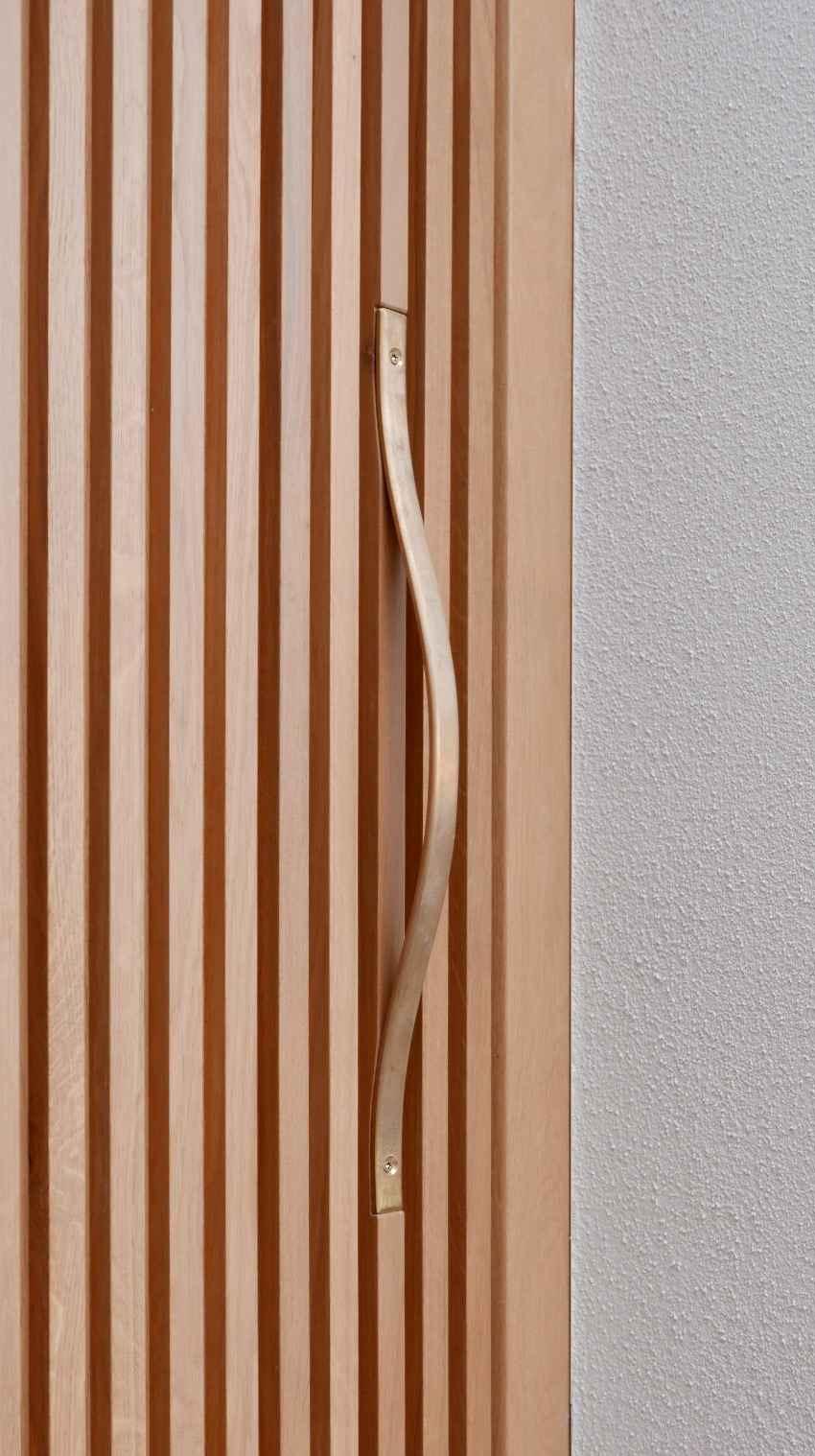 Philipp%2BMoeller-Brass%2BDoor-Detail.jpg