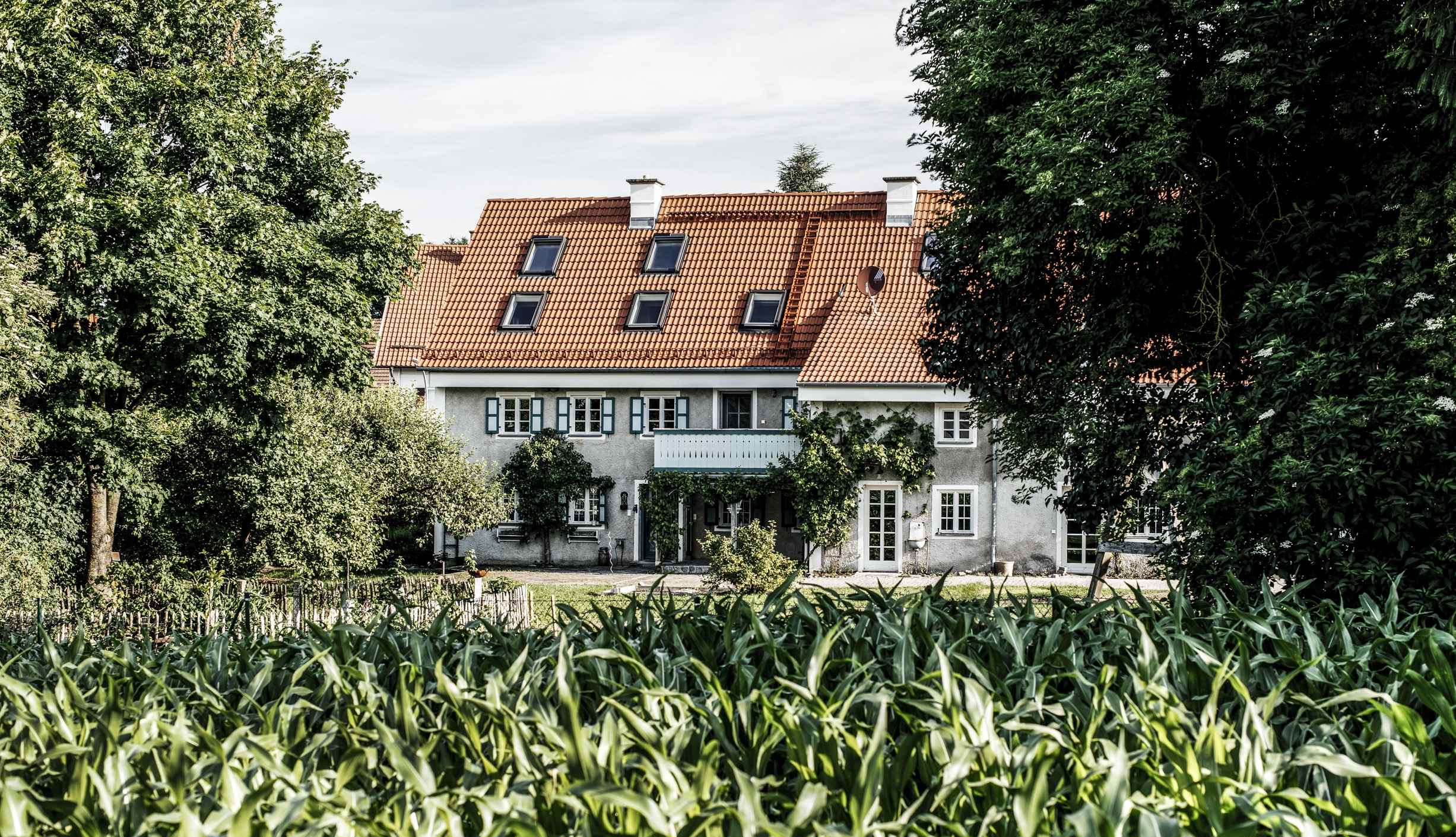 Buero+Philipp+Moeller-Sanierung-Bauernhof-Du%CC%88nzelbach2.jpg