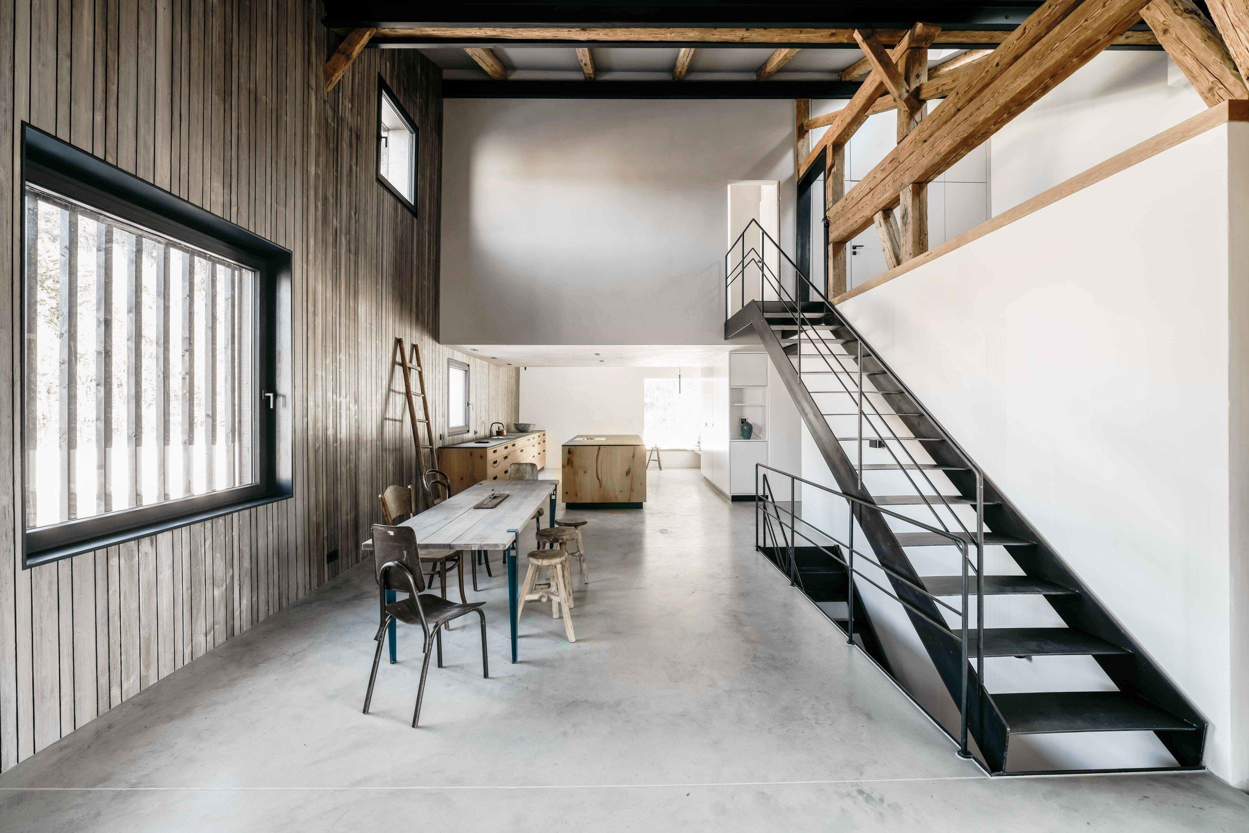 Buero Philipp Moeller-Bauernhaus-Sanierung-Tenne2.jpg