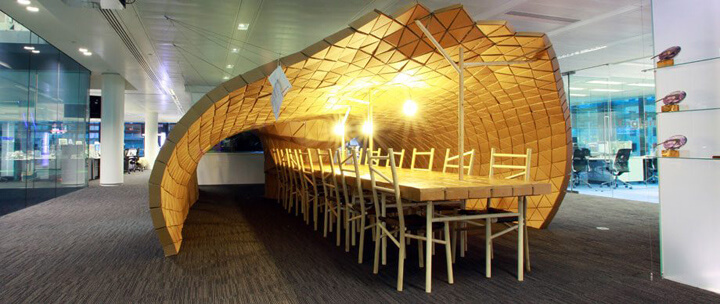 Pupa-habitat-in-Bloomberg-office-by-Lazerian-London.jpg