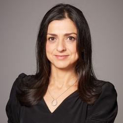 Sarah Lubas   Director of Merchandising at Burberry