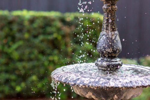 Fountain area designed by Lanson B. Jones & Co.
