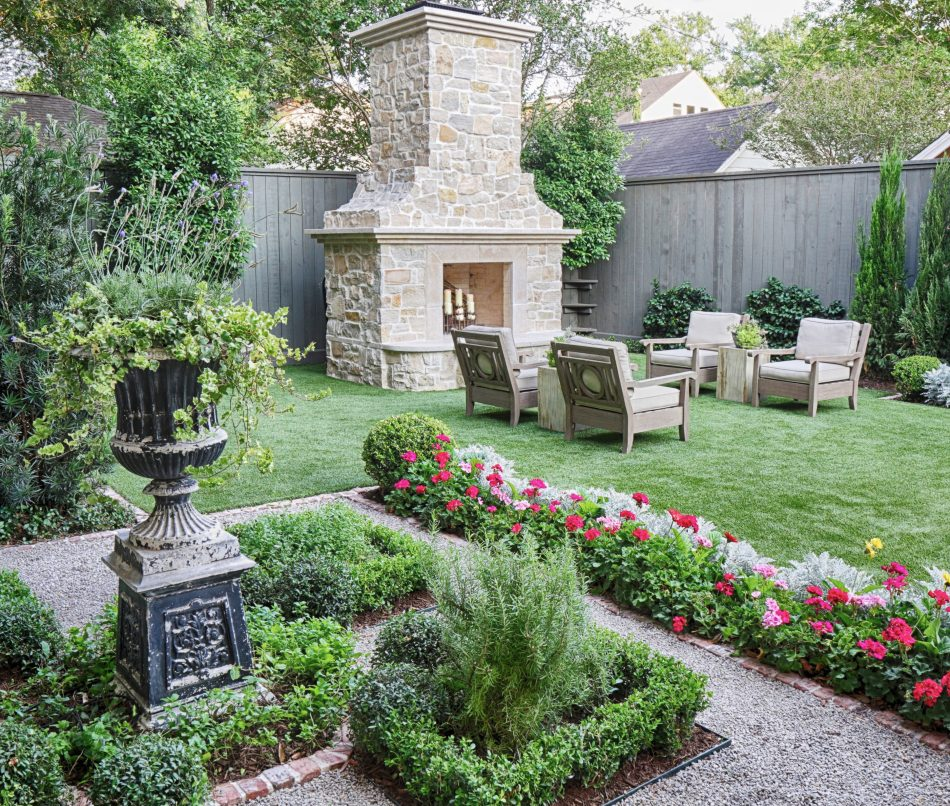 Side views emphasize lines and geometric patterns that offer the perfect balance between formal and informal elements in the English garden.