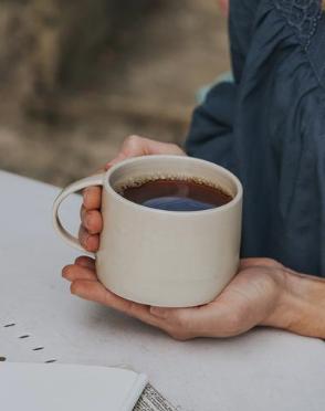 BARTON CROFT   large Mug in Oatmeal