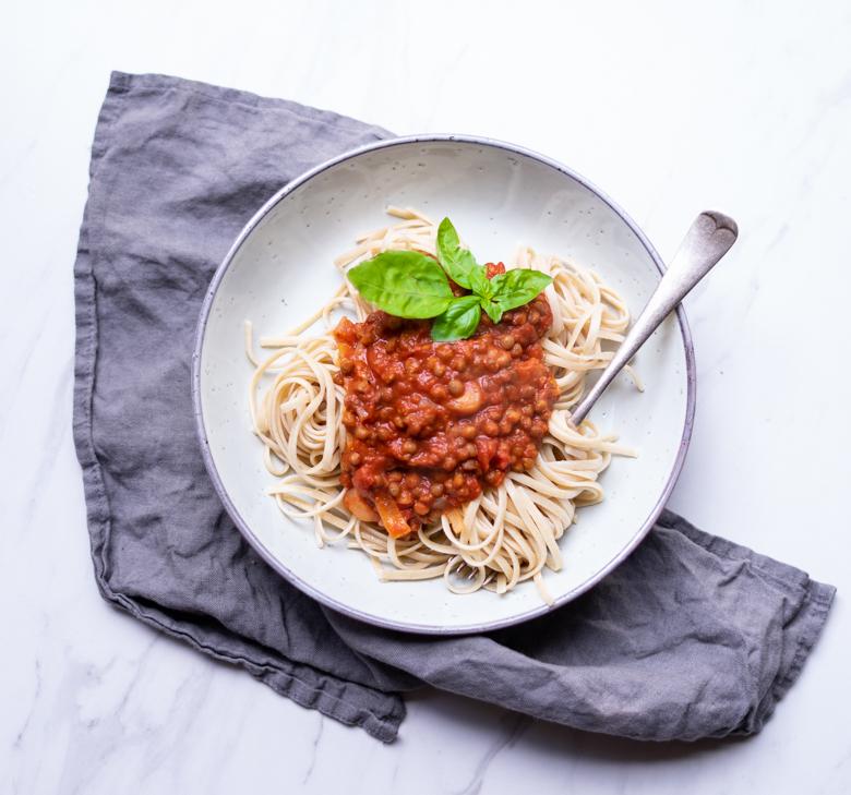 vegan Pasta lentils bolognese.jpg