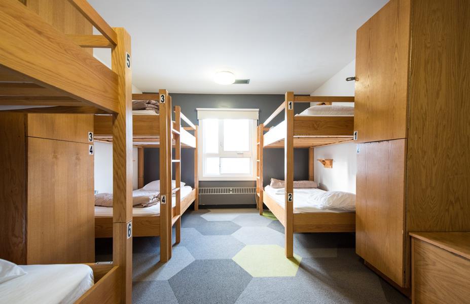Calgary-city-centre-alberta-Shared-Room-4.jpg