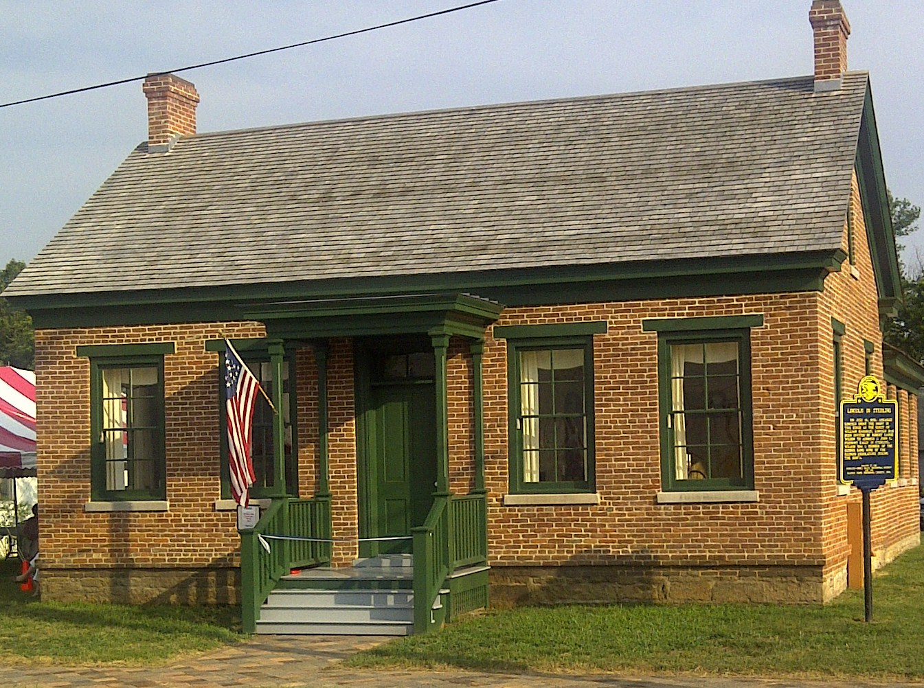 The Lincoln Manahan Home - Sterling IL