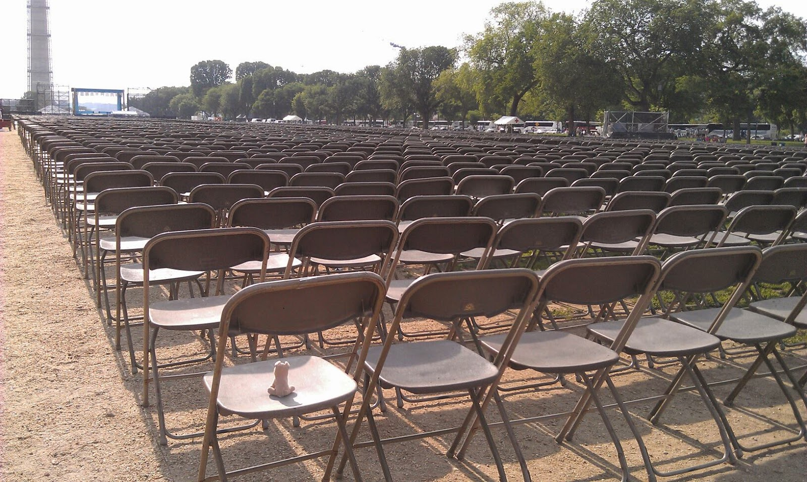 dc_empty_chairs.jpg