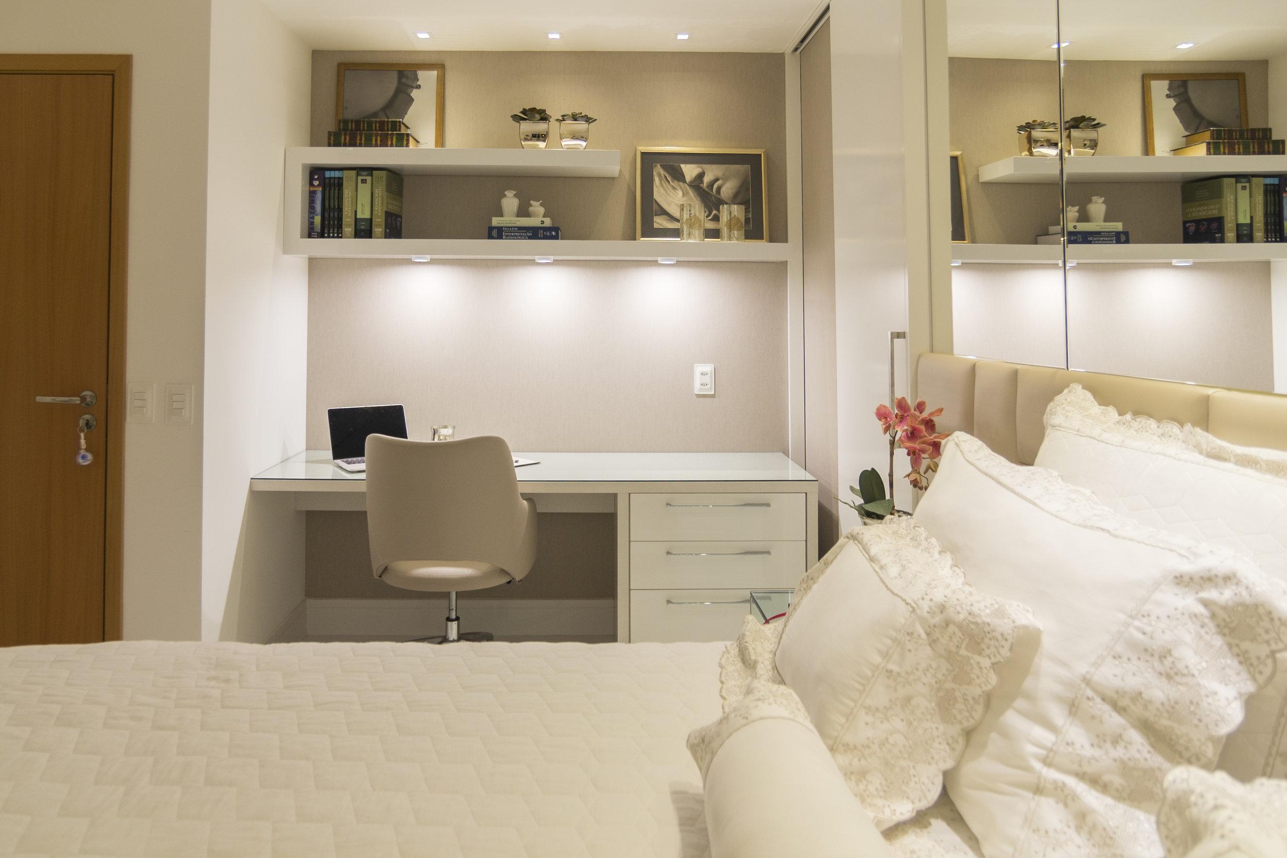 projeto-arquitetonico-robertoindira-duo-arquitetura-apartamentos-quarto-01.jpg