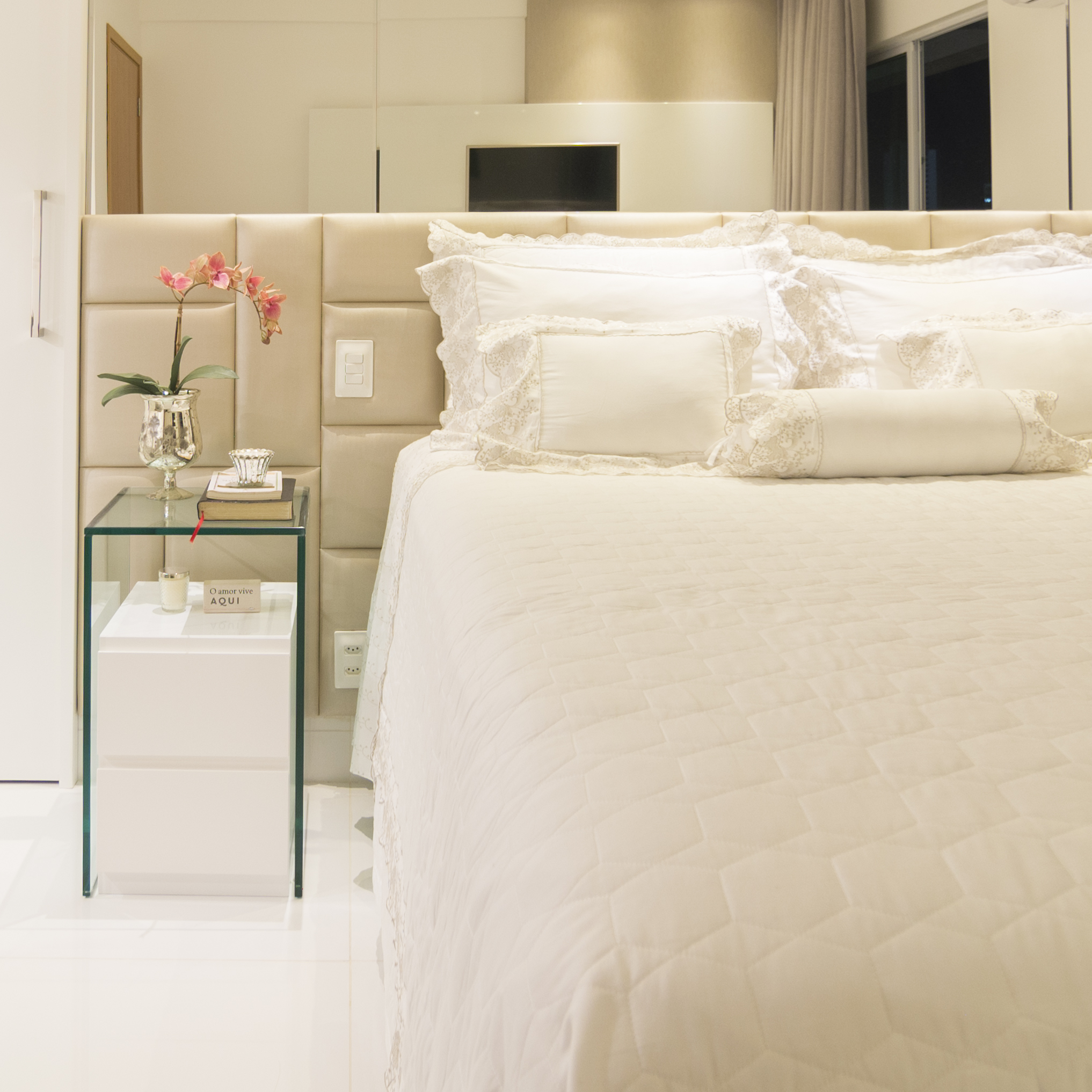 projeto-arquitetonico-robertoindira-duo-arquitetura-apartamentos-quarto-02.jpg