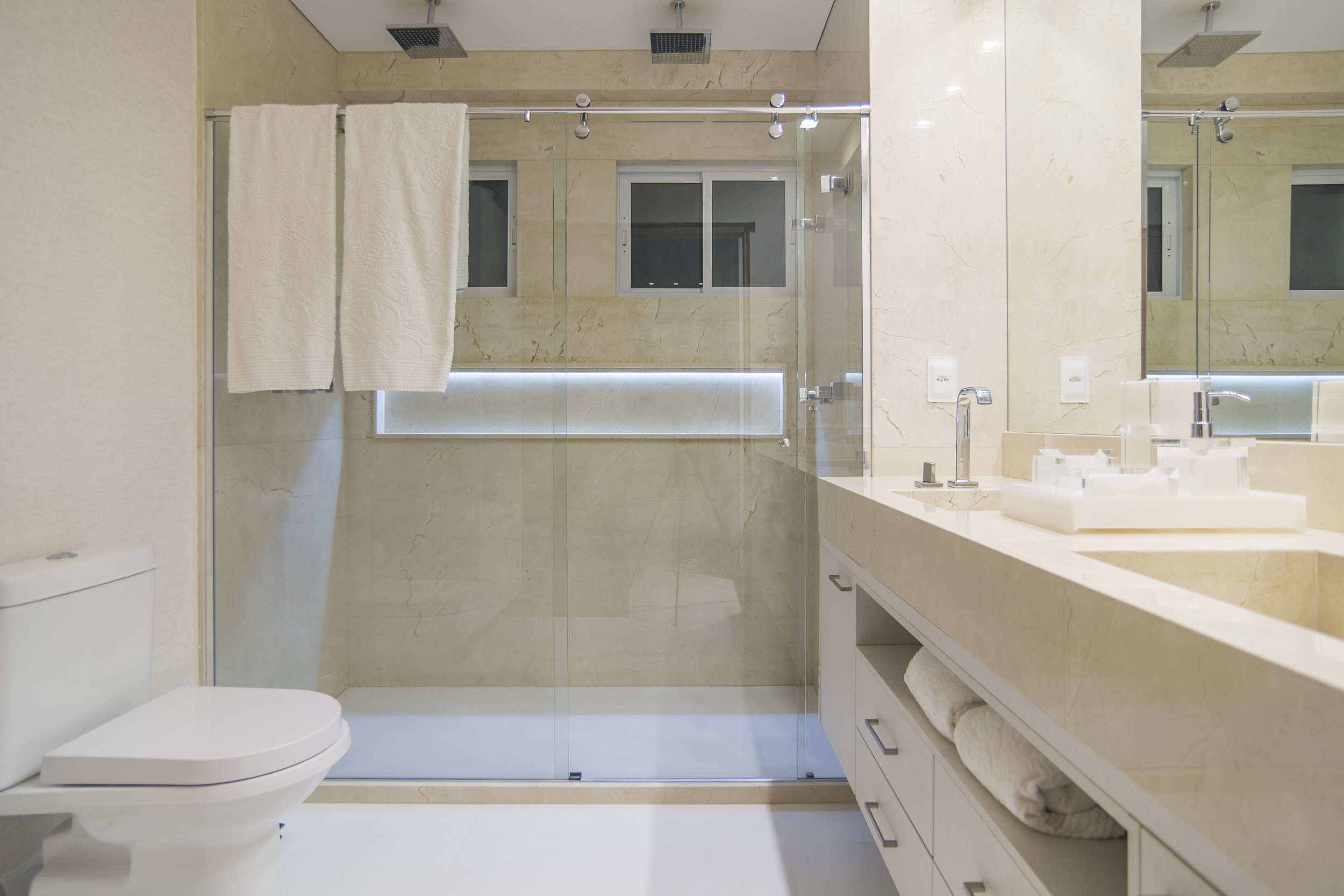 projeto-arquitetonico-robertoindira-duo-arquitetura-apartamentos-quarto-05.jpg