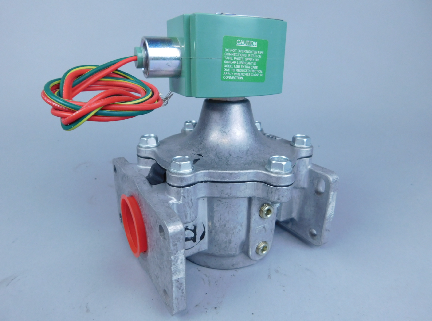 Gas valves - Our valves are the device that regulates, directs or controls the flow of a fluid from your boiler by opening, closing, or partially obstructing various passageways to keep you up and running.We proudly offer these products from:-Honeywell-ITT-Robertshaw-Asco