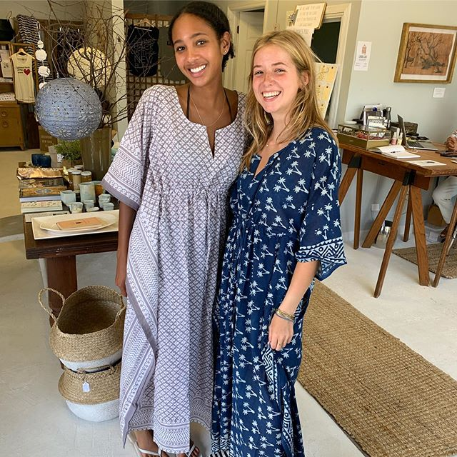 Ya Living caftans and pareos reflect the beauty of ancient traditions. Ethical, sustainable and fair trade practices create these pieces. Swipe to see more about @yaliving