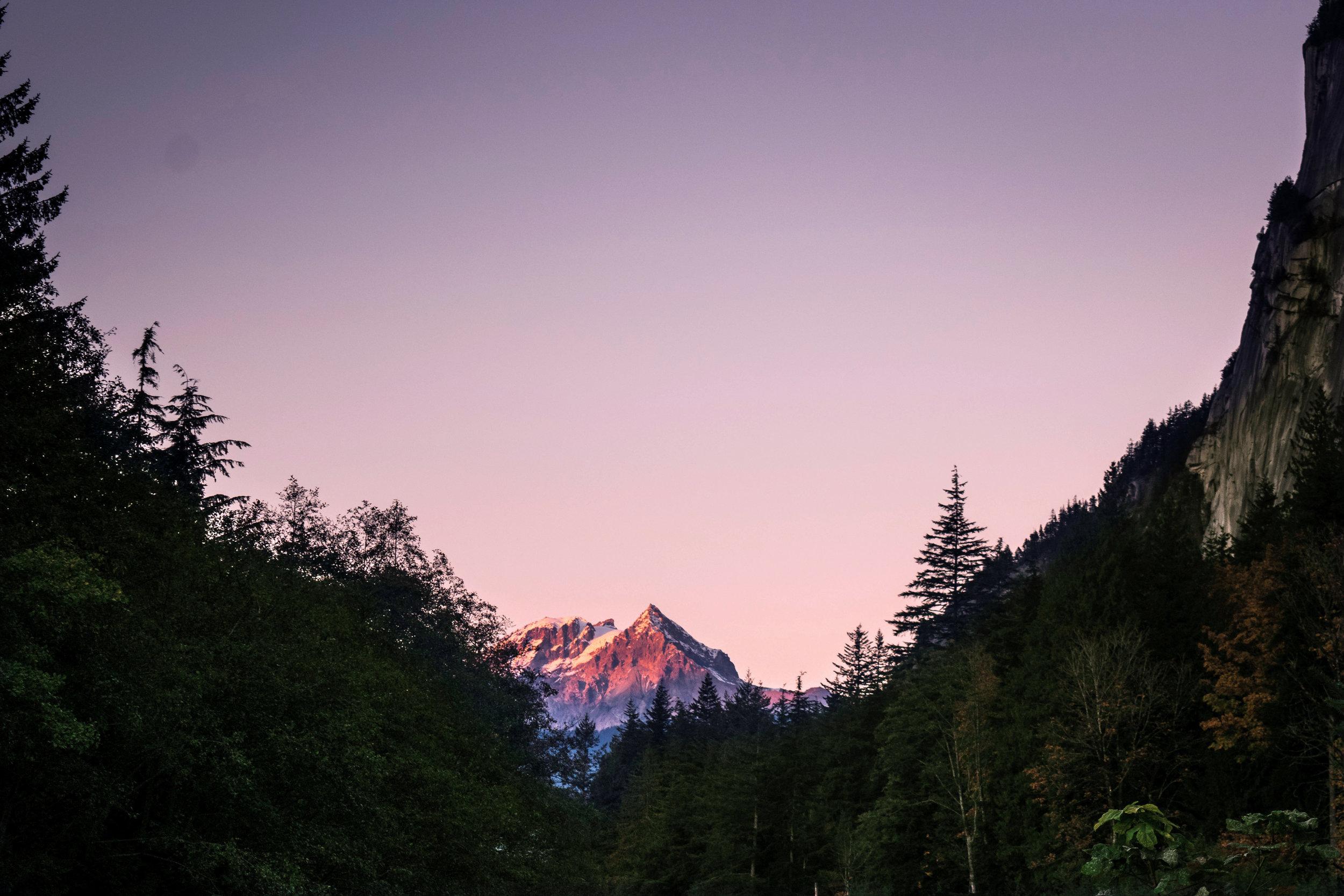 garibaldi_and_atwell_at_sunset.jpg