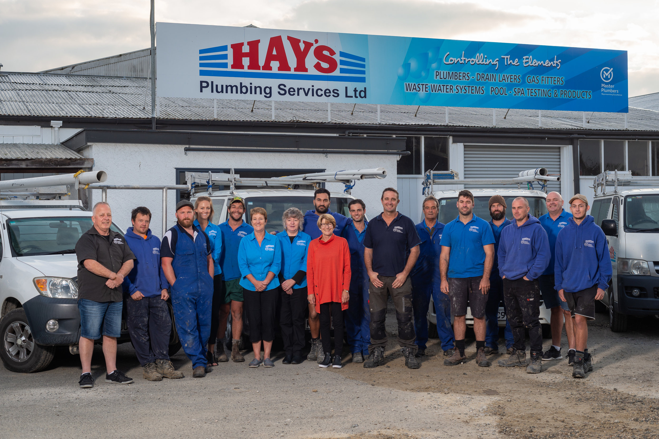 Services - PlumbingOur services cover all of your plumbing needs. Housing, alterations, repairs, maintenance, water tanks, central heating, if it;s plumbing, we've got you covered.DrainageTrenching, Digger Hire, Septic Tank & drainage, Agents for Oasis Clearwater Sewerage Systems, Drain Clearing.GasQualified gas-fitters for installation and maintenance. Kitchens, hot water, commercial and residential customers.