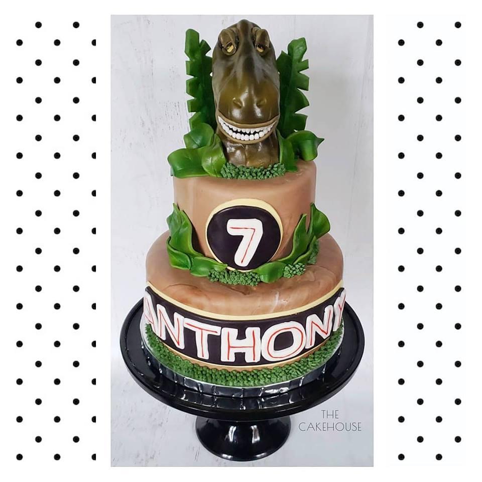 Dino Cake 3d.jpg