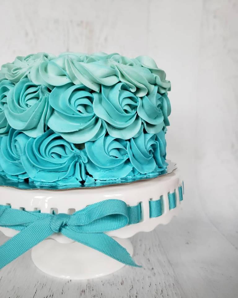 Blue Ombre rosette cake.jpg