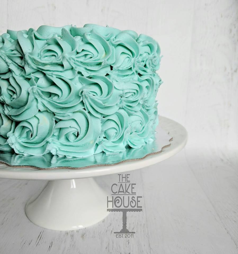 blue rosette cake.jpg