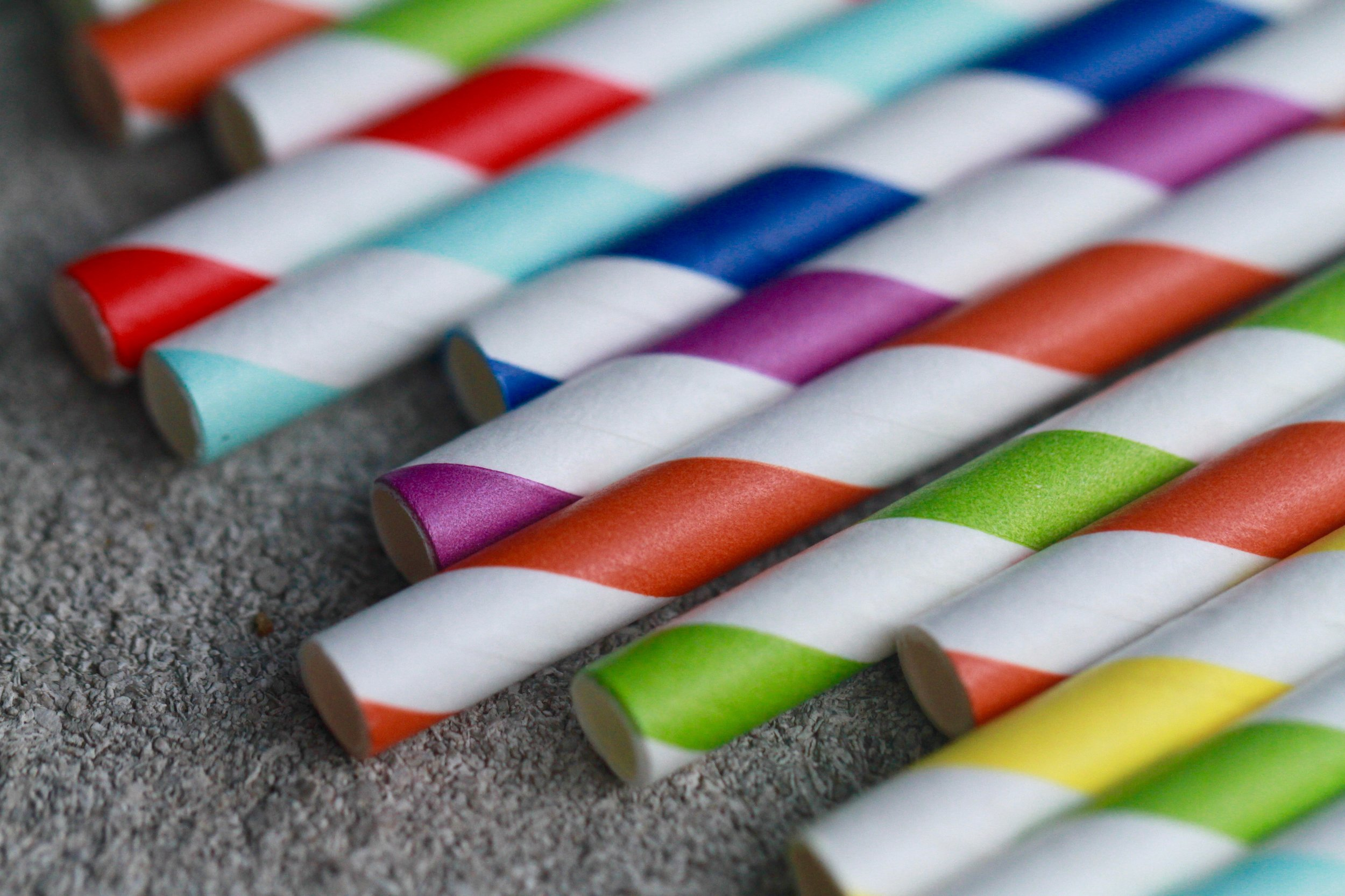 5. The Little Things - It's the little things in life that make us happy; but also make the planet happy too. Like when there are some blankets scattered about for when it gets cold, or the fact that your straw is made of paper and not pesky ocean-killing plastic. Check out this great Pinterest board for some more sustainable party ideas!