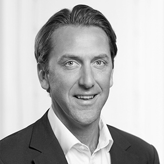 Giles Orringe INDUSTRY EXPERT - BACKGROUND:RUSSELL REYNOLDS CO-HEAD OF FINTECH