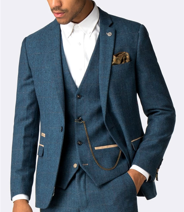 Marc Darcy - Look suave and make a statement in a stylish Marc Darcy suit! Always a popular choice, Gilt Edged is now an official distributor of one of the best suit brands around.
