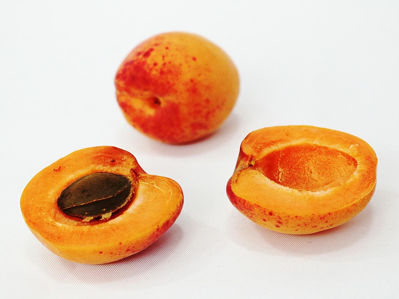 fruit-386594_1280-1.jpg