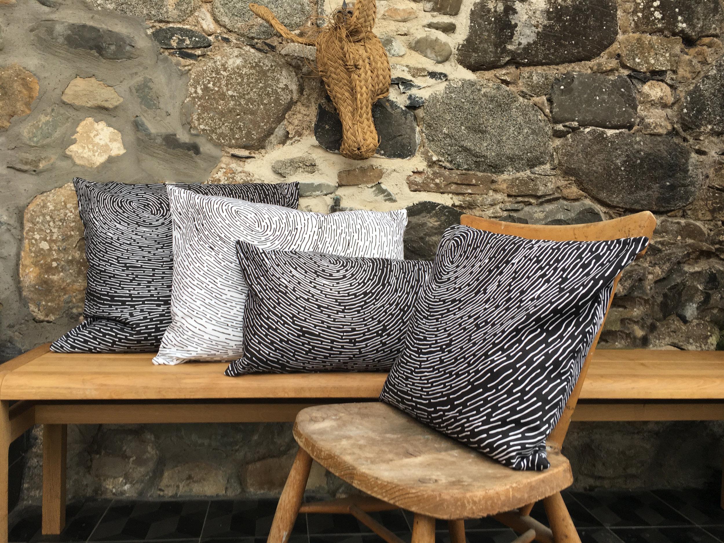 1.0_Whorl_black white cushions_.jpg