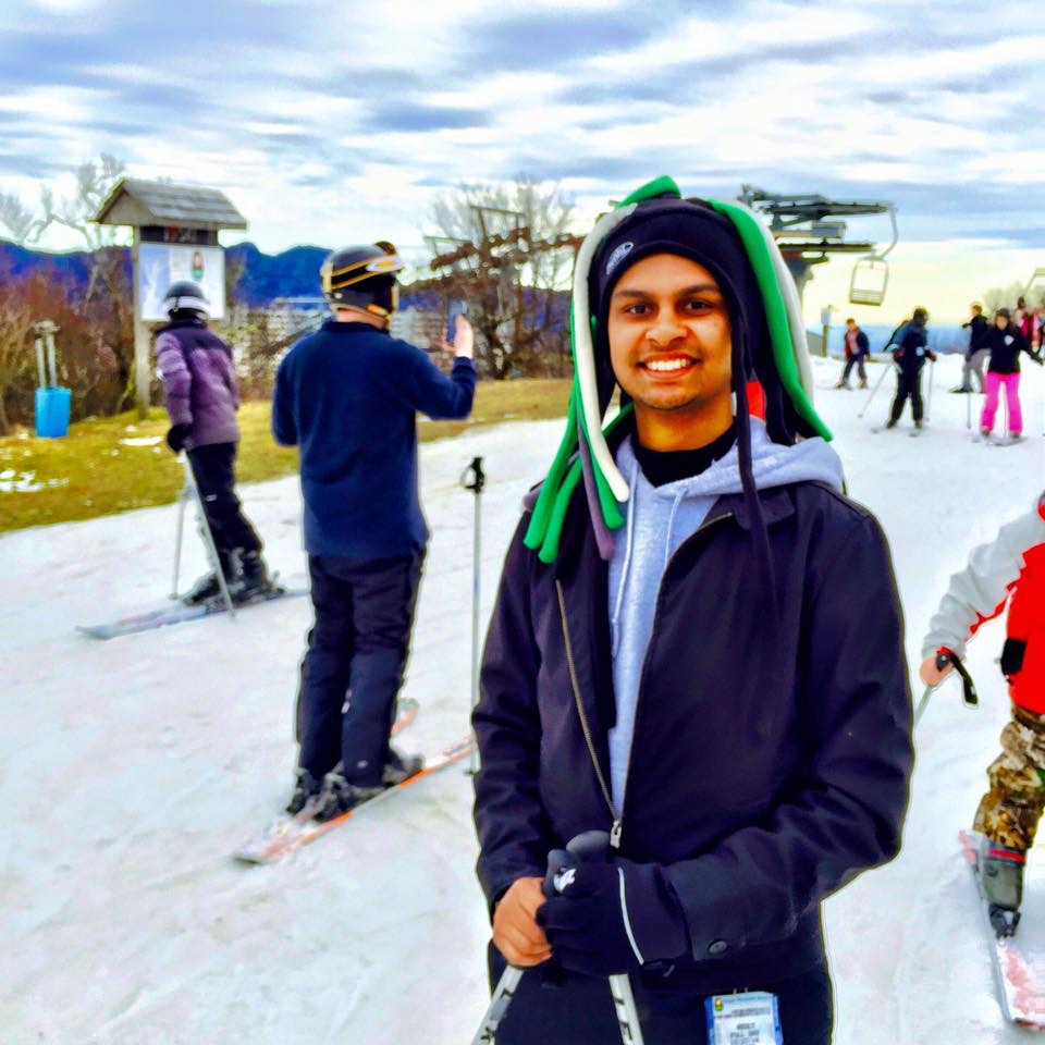 Akash Shah  Undergraduate: University of North Carolina at Chapel Hill  Med School: East Carolina University Brody SOM  Born in Chicago, but grew up the majority of my life in NC. Love all things sports, anything competitive in nature, and hanging out with family/friends.