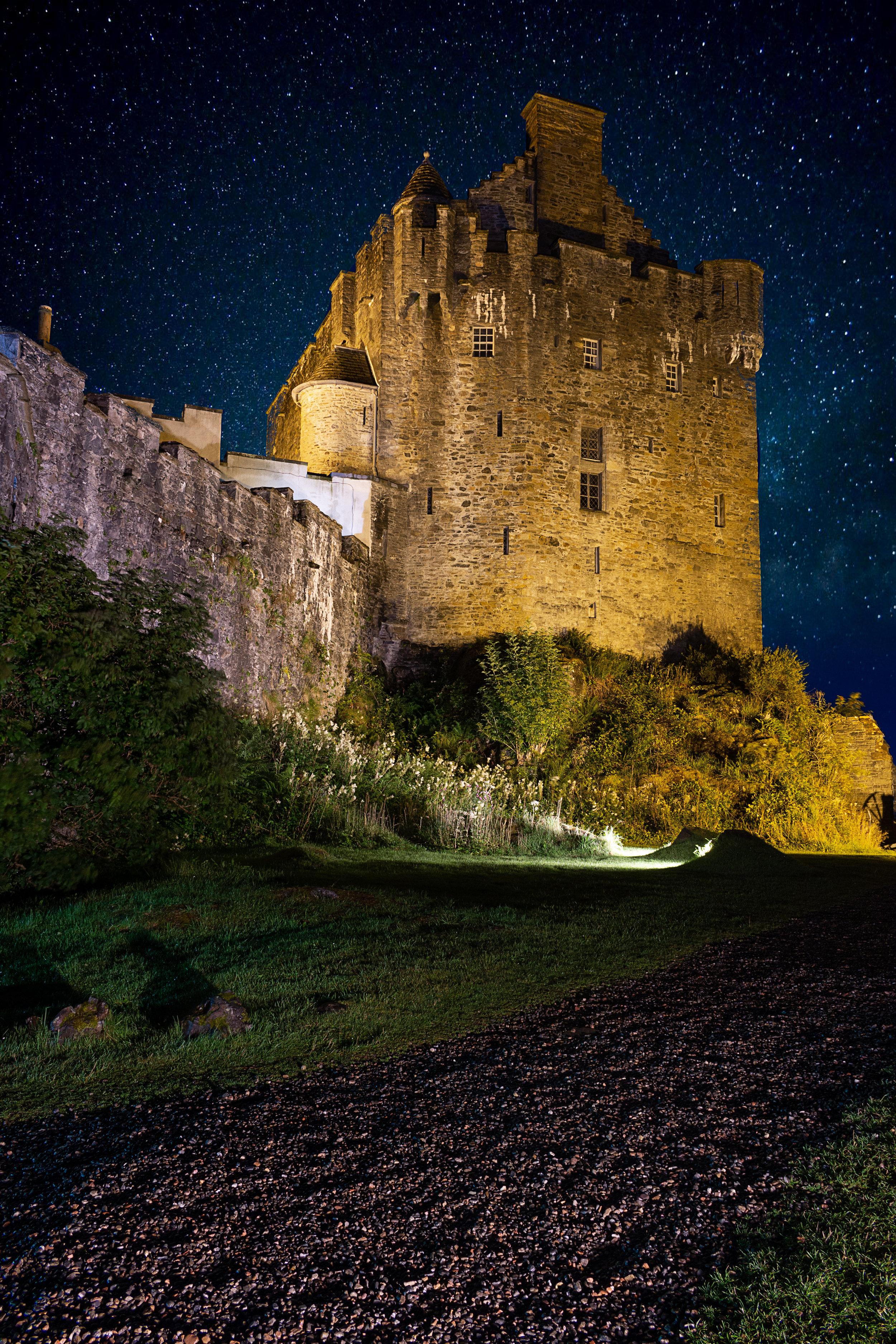 Dornie Castle.jpg