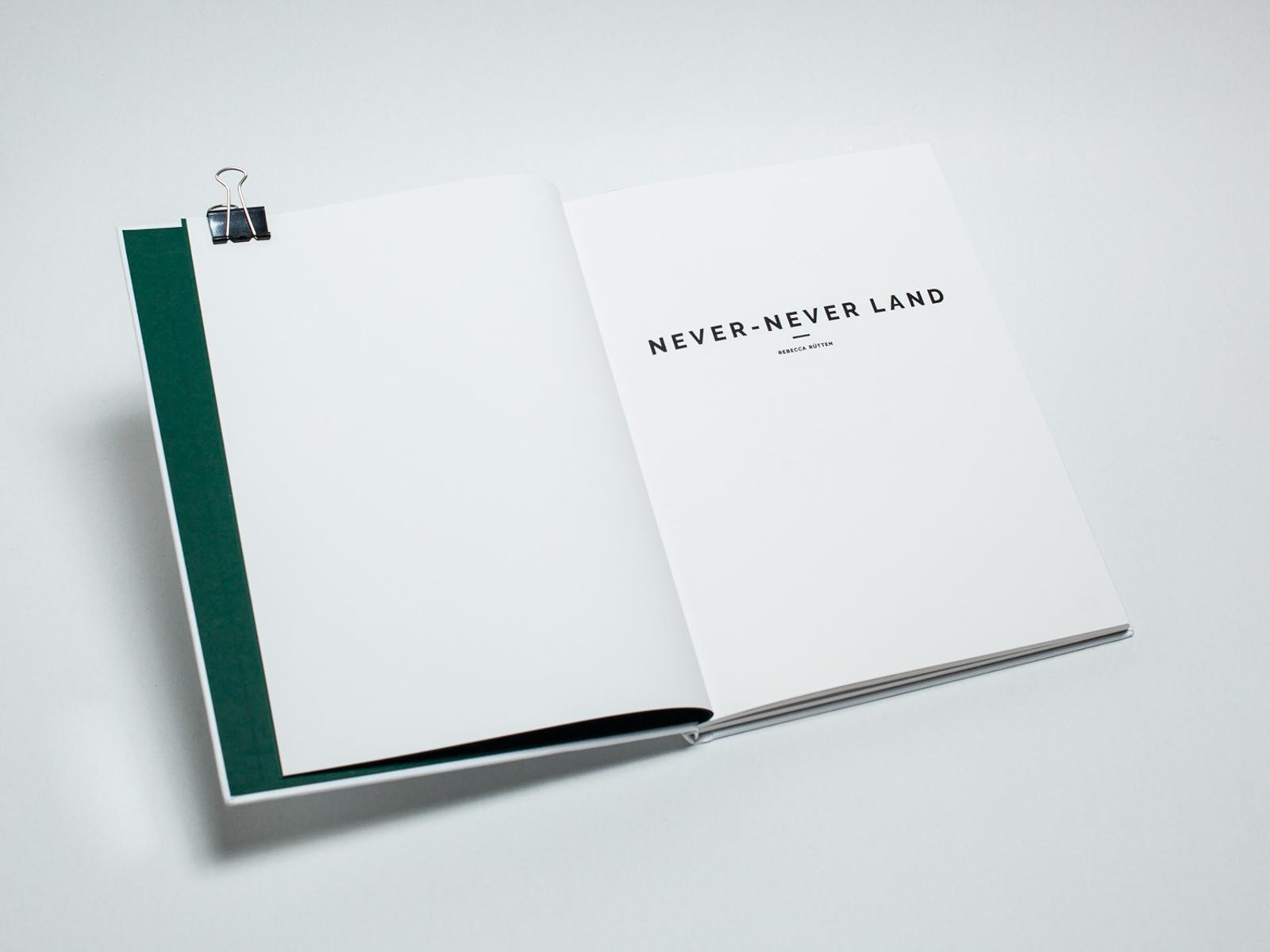 2019_RebeccaRuetten_Web_NeverNeverLand_book-14.jpg