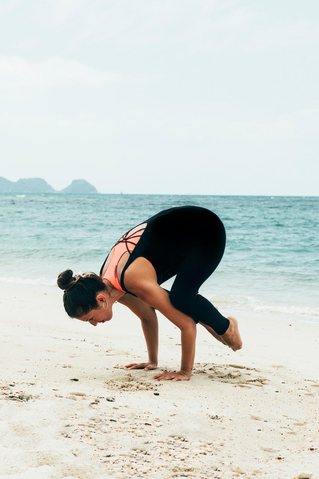 2019_RebeccaRuetten_Web_Yoga-9.jpg