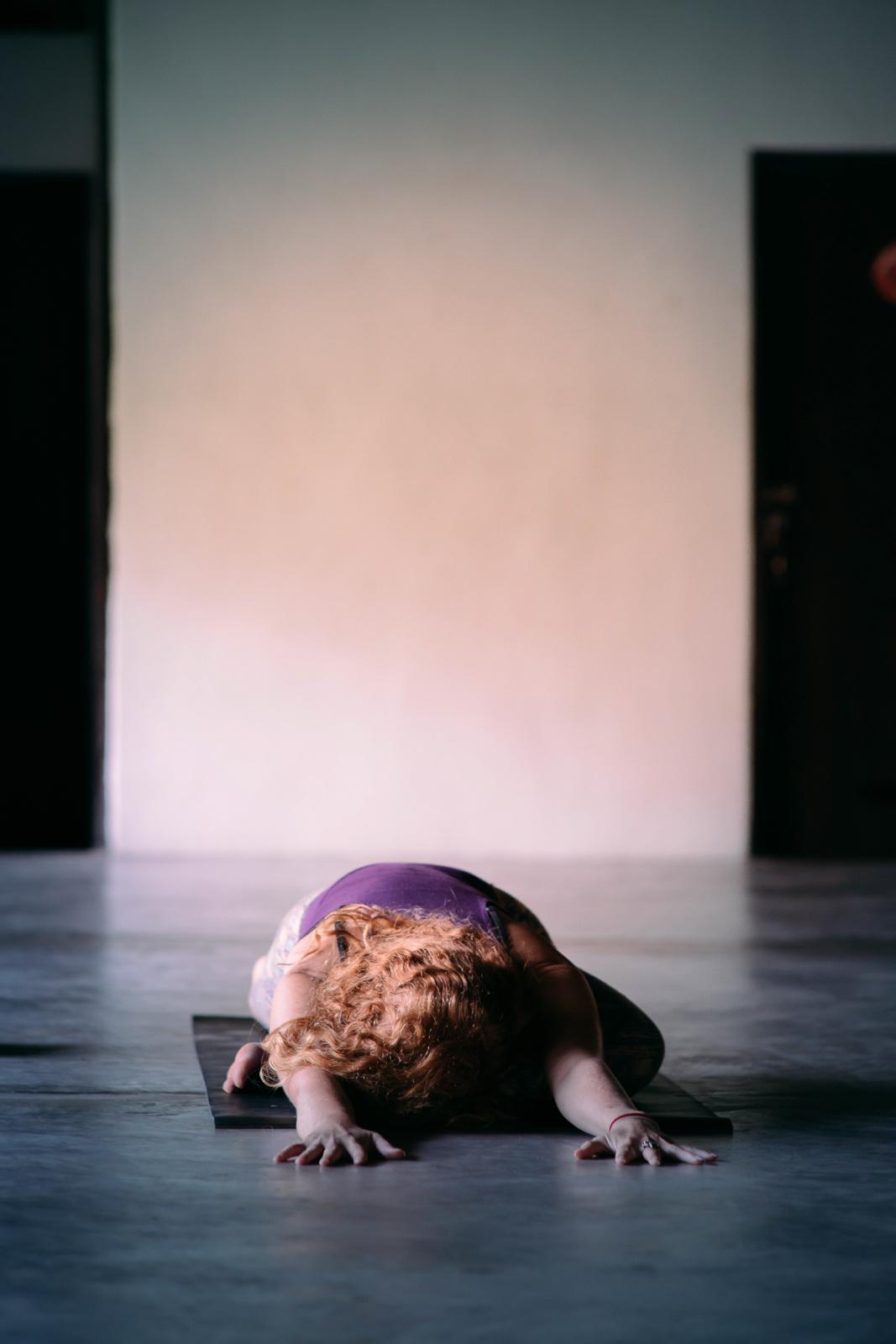 2019_RebeccaRuetten_Web_Yoga-24.jpg