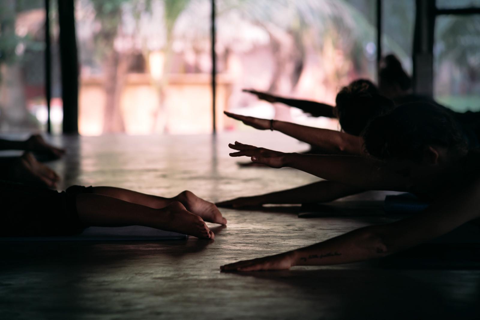 2019_RebeccaRuetten_Web_Yoga-40.jpg