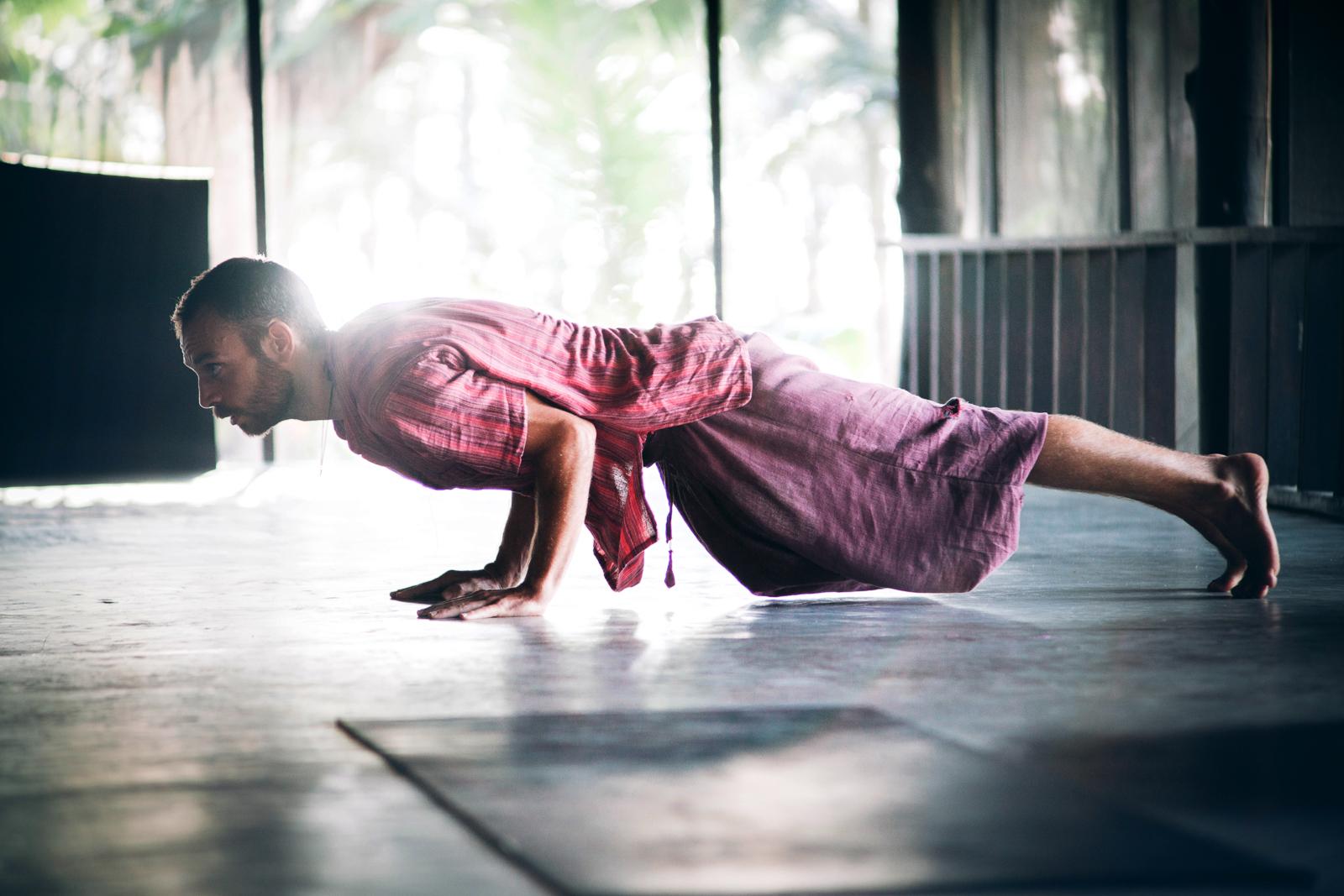 2019_RebeccaRuetten_Web_Yoga-96.jpg