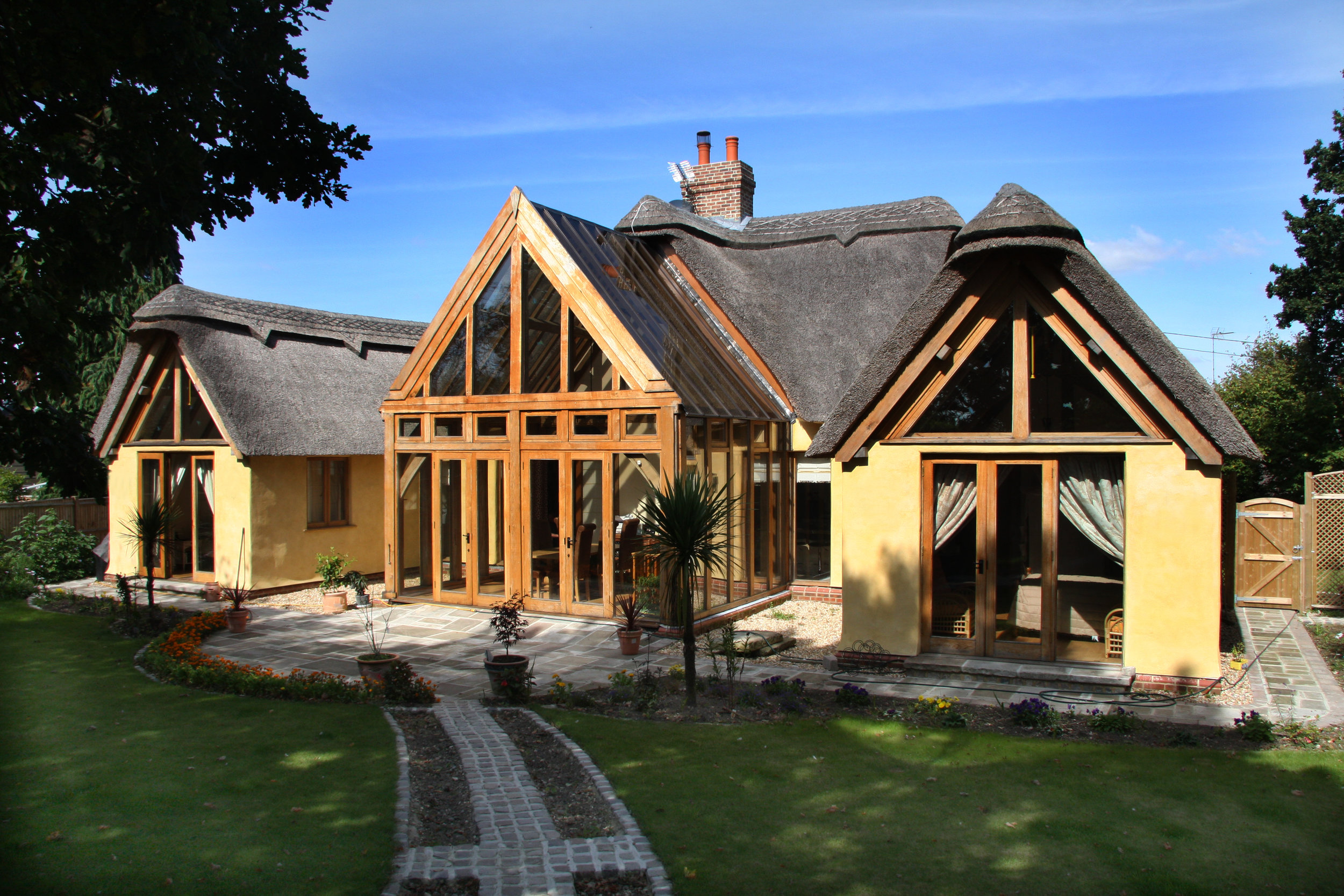 New Build Oak Framed Thatch House