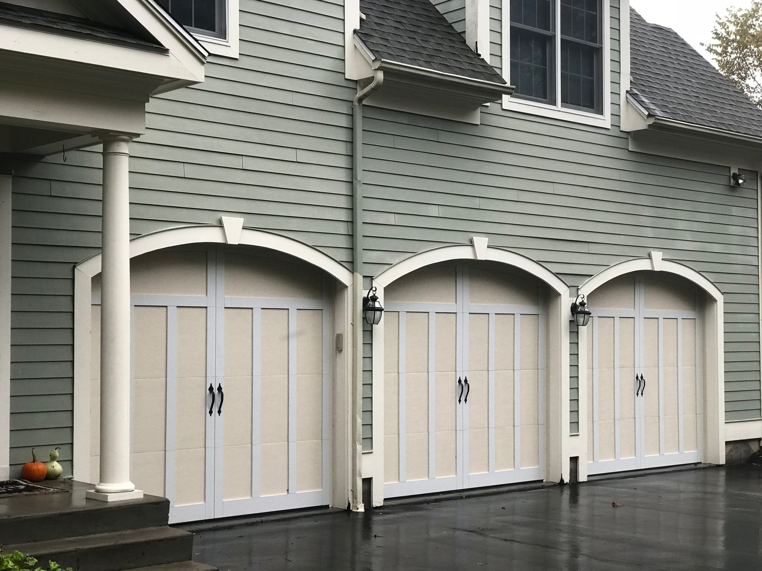 Three Door Garage - Waterbury